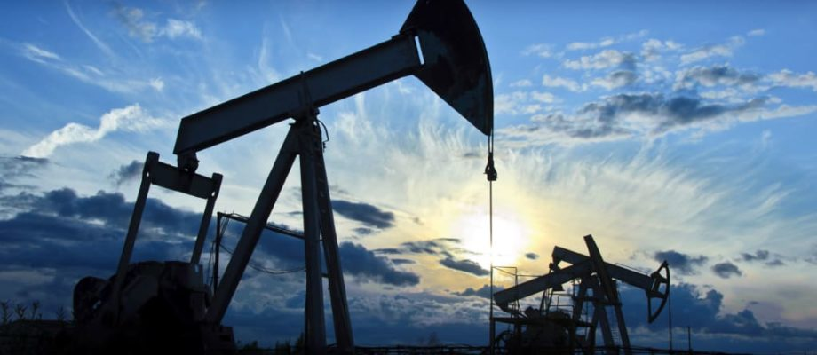 Do You Want to Get Into the Oil Business? 4 Indicators It's Right for You